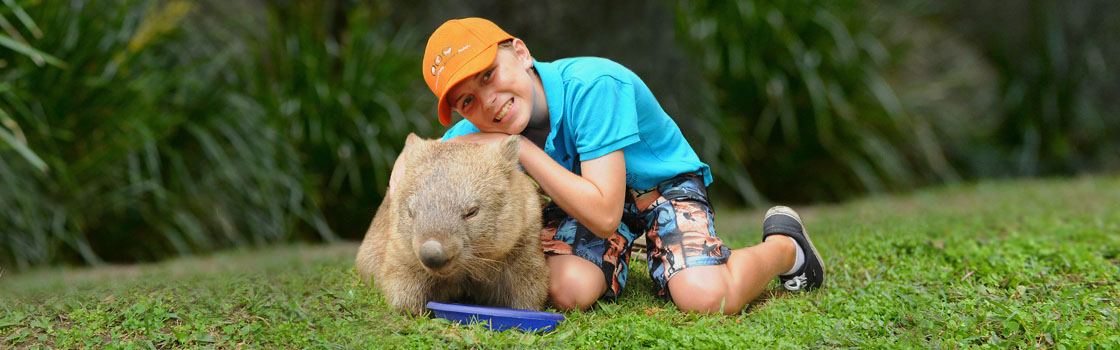 Experiences - Zoo Keeper for a Day - Khaki Extreme Program (Age 11 – 15) 1120x350