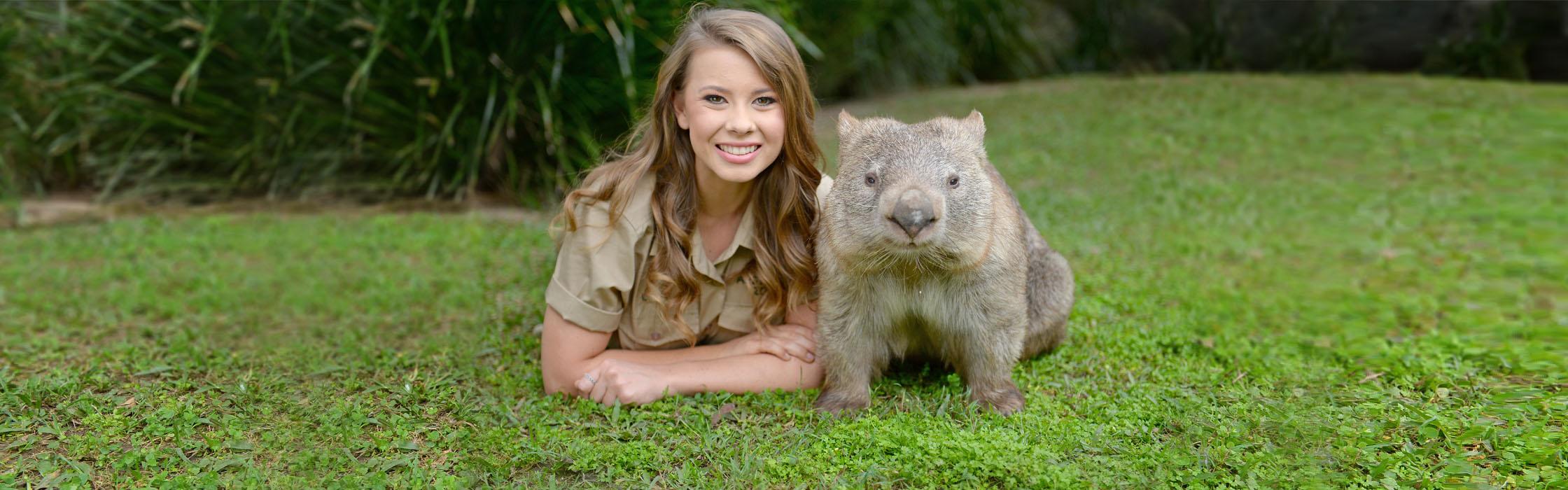 Experiences-Animal Encounters-Naughty Wombat Encounter 2 2240x700