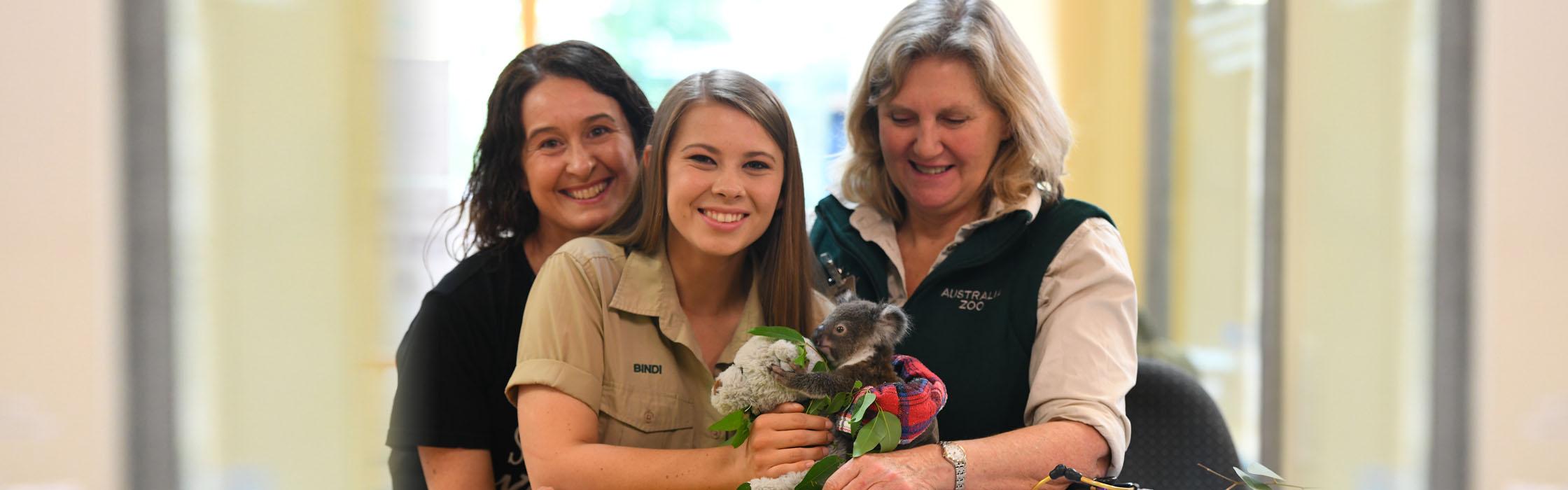 Experiences - Animal Encounters - Australia Zoo Wildlife Hospital Sneak Peek2240x700